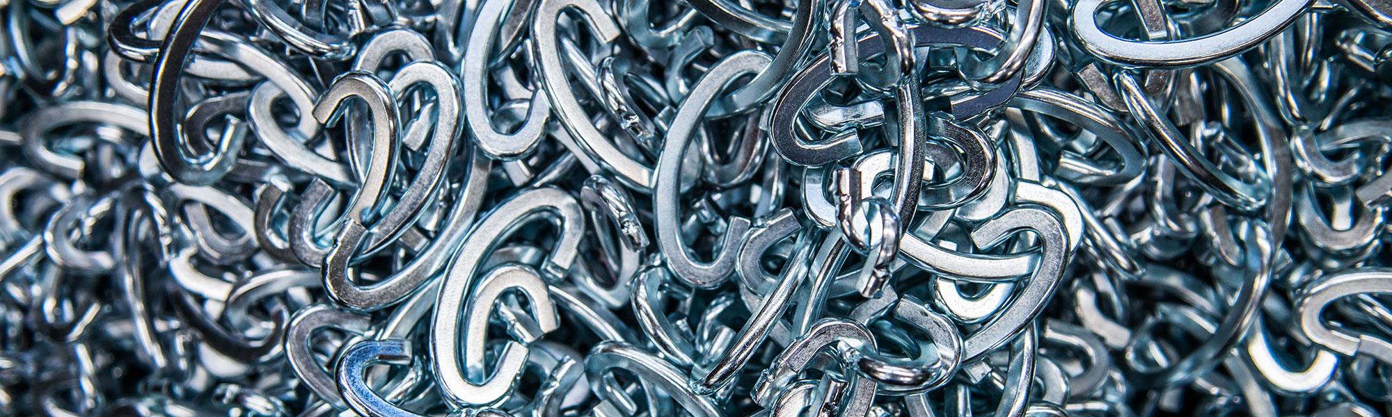 produzione accessori metallici per forme di calzature